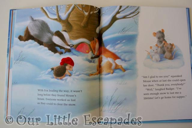 LittleTigerChristmasBooks21