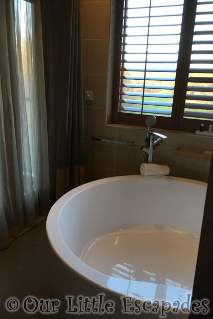 Elveden_Forest_Luxury_Spa_Suite1