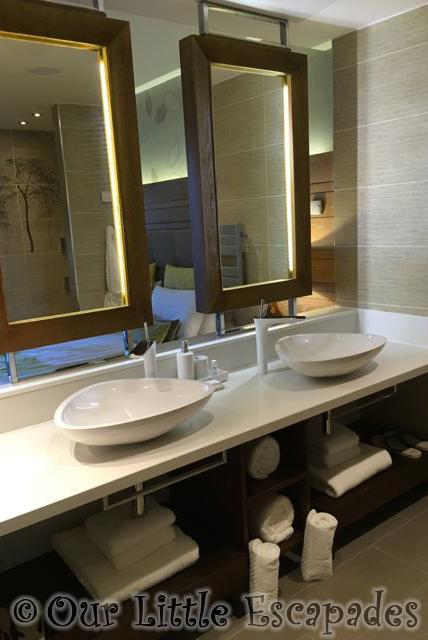 Elveden_Forest_Luxury_Spa_Suite4