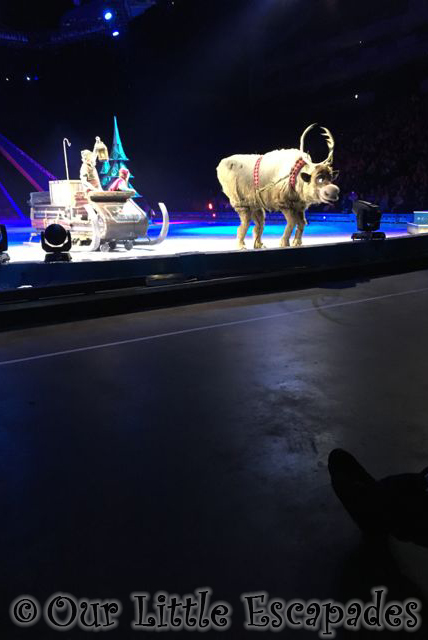 disney on ice frozen sven