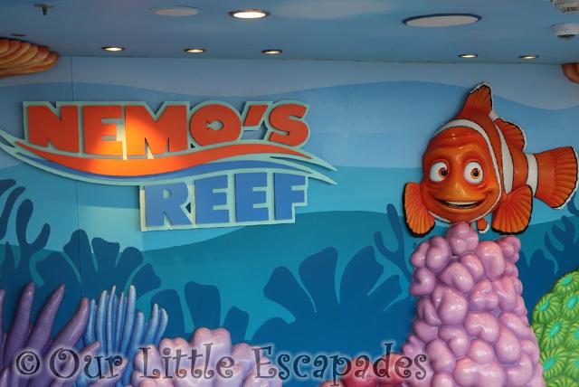 marlin nemos reef sign nemos reef disney dream