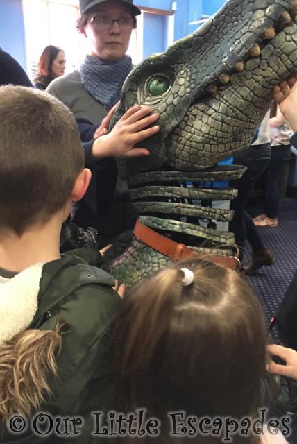 dinosaur world live meeting baby tyrannosaurus rex