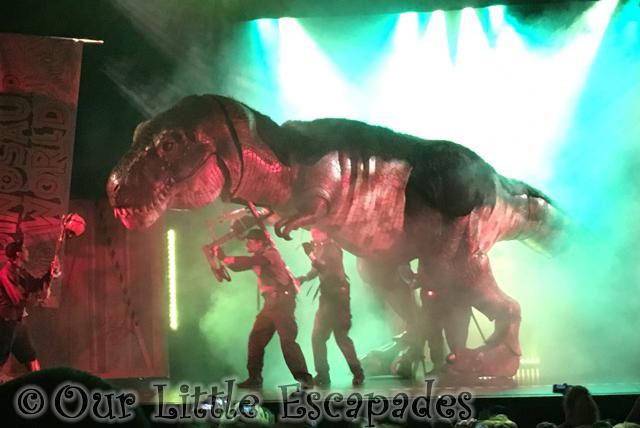 dinosaur world live tyrannosaurus rex