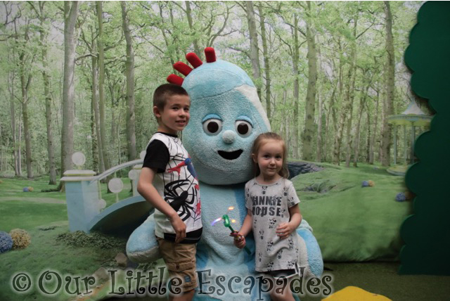 meeting iggle piggle in the night garden live
