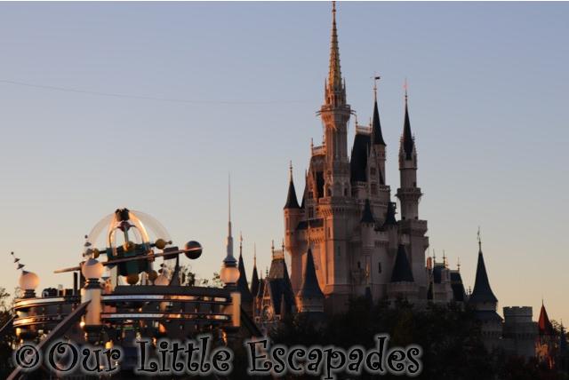 cinderellas castle magic kingdom walt disney world