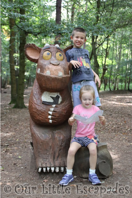 gruffalo trail gruffalos child thorndon country park