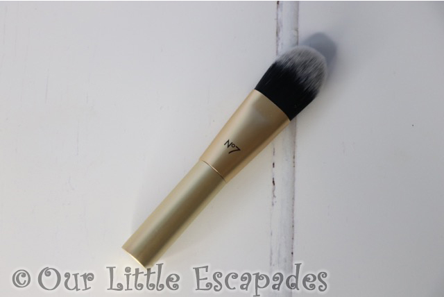 no7 beauty advent calendar No7 Mini Foundation Brush