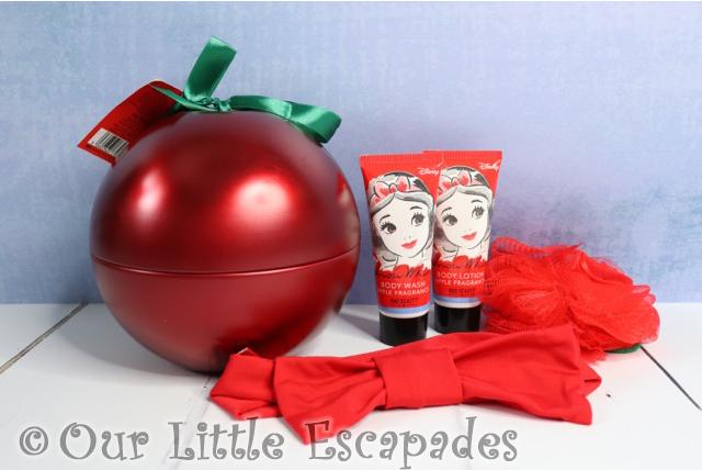 snow white christmas gifts disney snow white bath body pamper tin contents