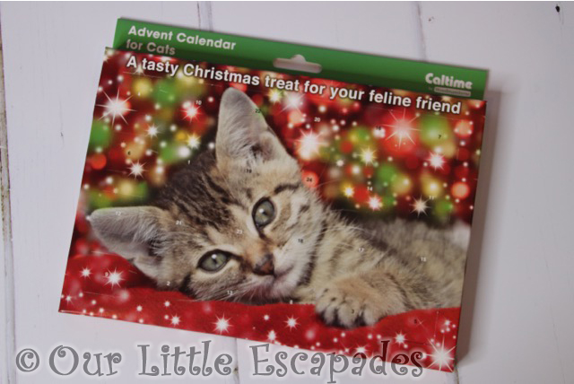 christmas gifts for your cat advent calendar