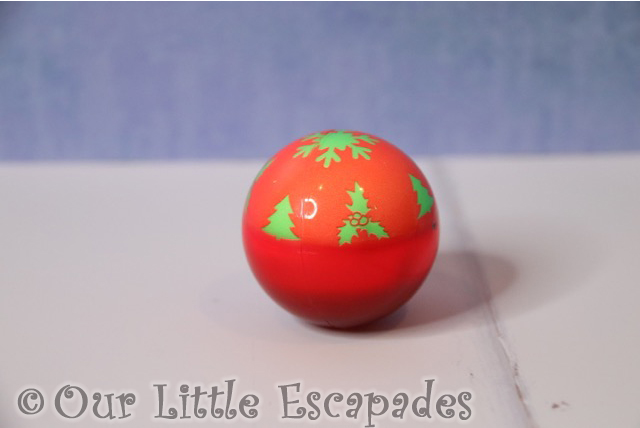 christmas gifts for your cat light up festive cat ball orange