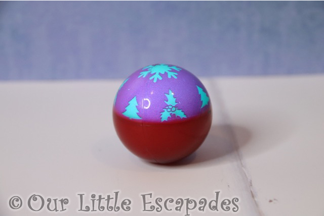 christmas gifts for your cat light up festive cat ball purple