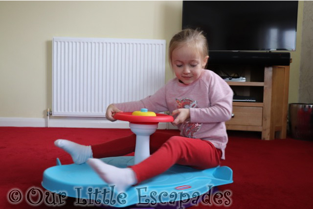 little tikes fun zone dual twister little e spinning