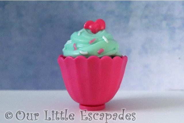 Zuru 5 SURPRISE Purple Season 2 pink cupcake princess cake