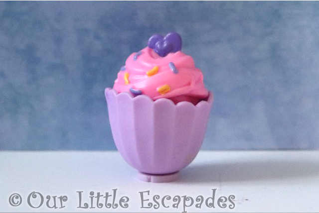 Zuru 5 SURPRISE Purple Season 2 purple cupcake princess cake
