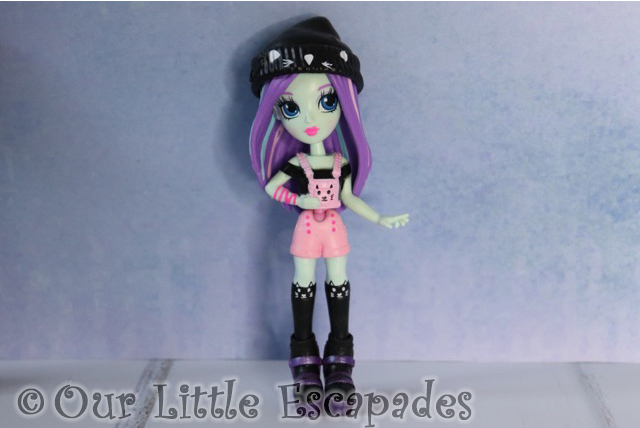 off the hook style doll brooklyn concert collection kitty rock