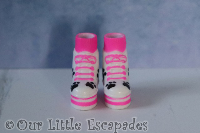 off the hook style dolls pink white paw print boots