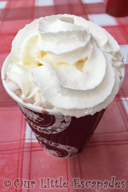 dig inn hot chocolate diggerland kent