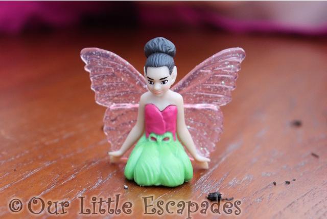 fairy fenn kneeling