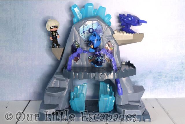 pj masks luna fortress playset zero gravity belts