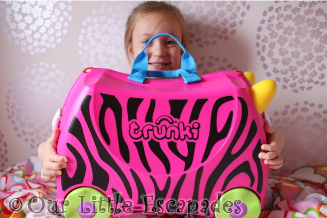 trunki customiser review little e smiling