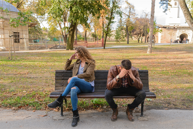 argument bench breakup couple disappointed facepalm