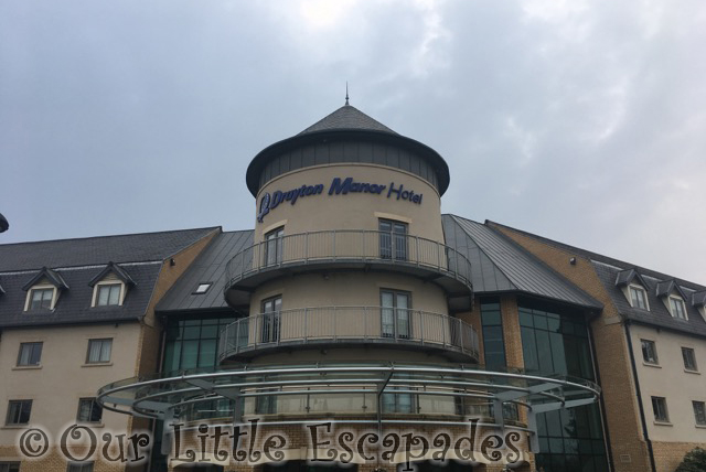 drayton manor hotel