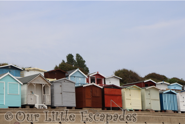 eastcliff walton naze minnie mouse beach hut