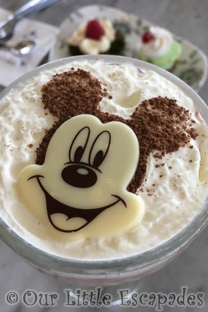 victorias home style restaurant mickey mouse milkshake disneyland paris