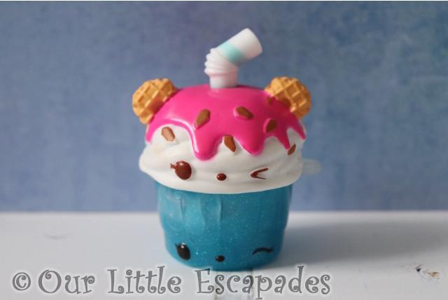 blue blizzard sparkle it creamy classic num noms sparkle smoothies