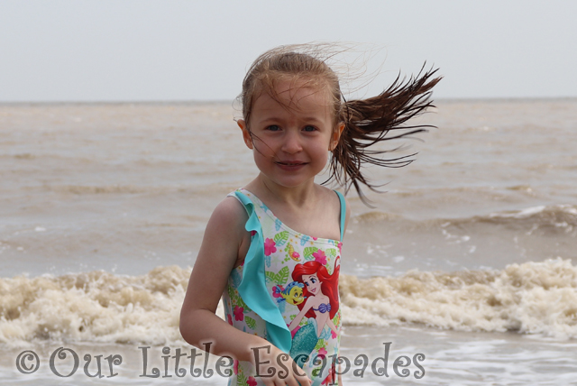 little e hair walton naze beach