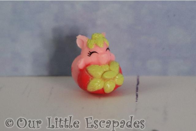strawberry piggy common