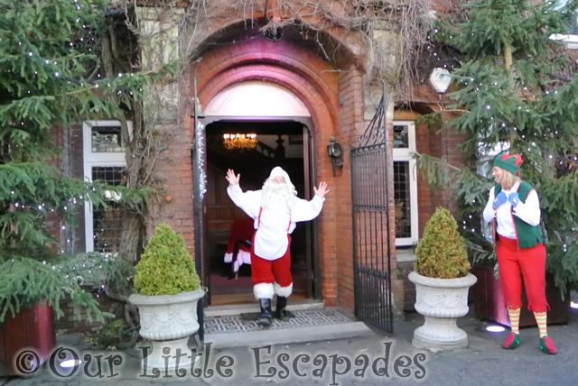 wake up santa breakfast with santa colchester zoo