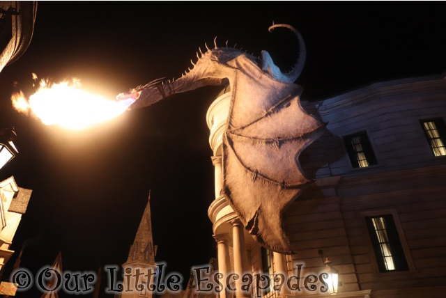 fire breathing dragon night diagon alley wizarding world harry potter