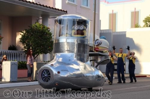 minions car despicable me universal superstar parade
