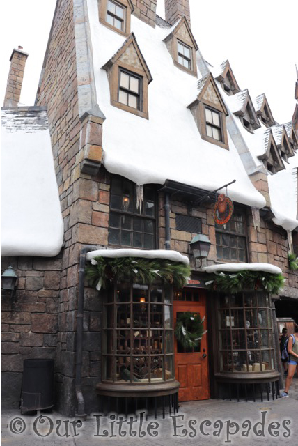 owl post hogsmeade wizarding world harry potter