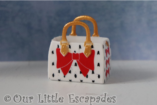 red bow bag