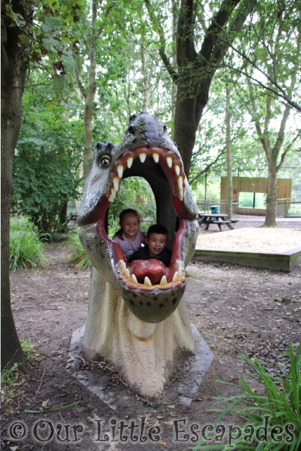 ethan little e t rex head port lympne