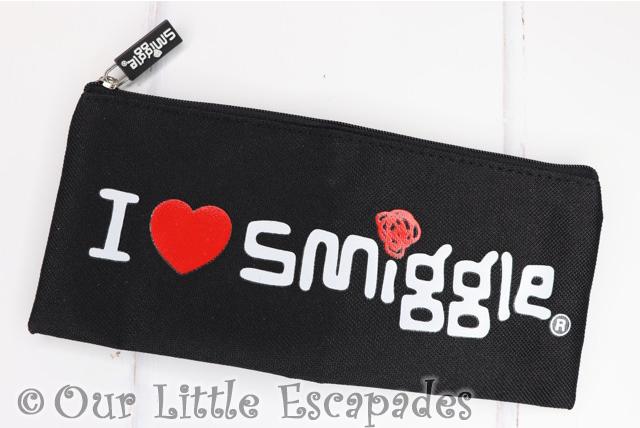 i love smiggle pencil case