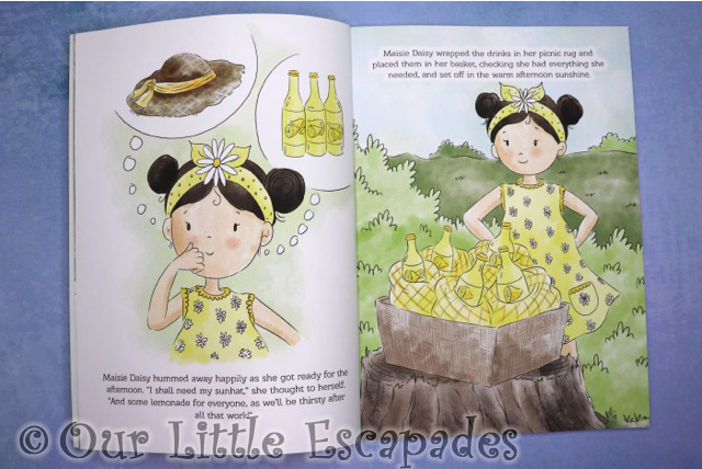 maisie daisy strawberry fayre inner pages