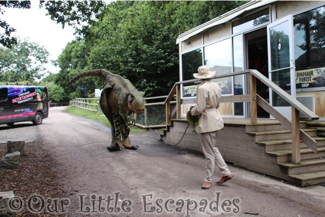 meeting t-rex port lympne dinosaur tamer t-rex
