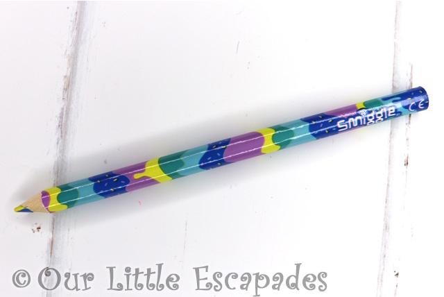 rainbow pencil smiggle advent calendar 2019 contents
