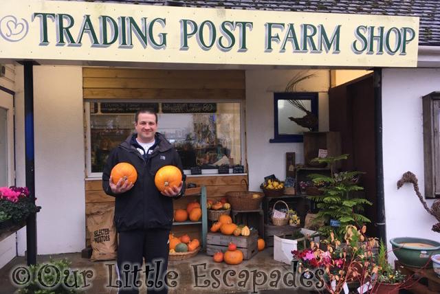 darren pumpkins trading post farm shop our 2019 pumpkin carving