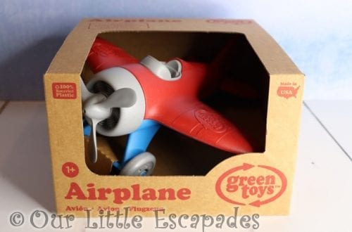 green toys airplane christmas giveaway
