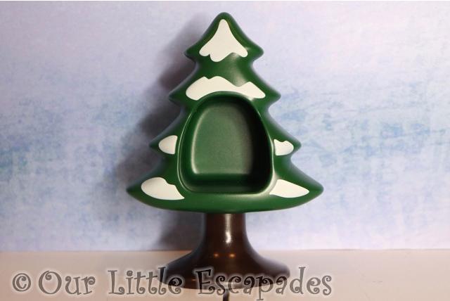snow covered tree playmobil 123 advent calendar
