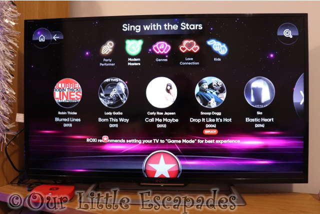 roxi sing with the stars console