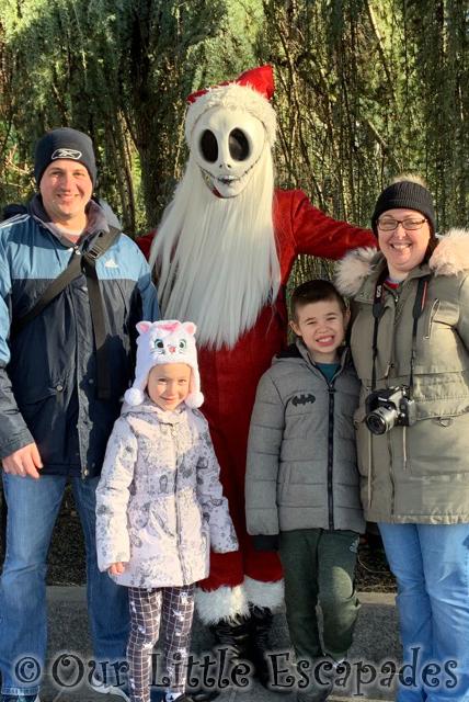 jack skellington santa character meet disneyland paris at christmas