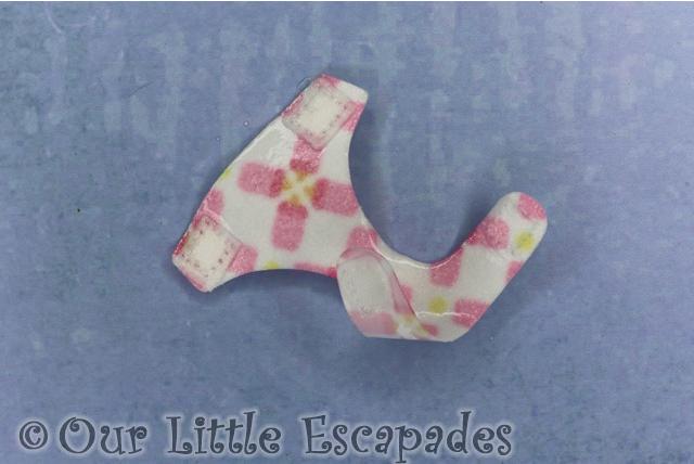 pink bottles diaper