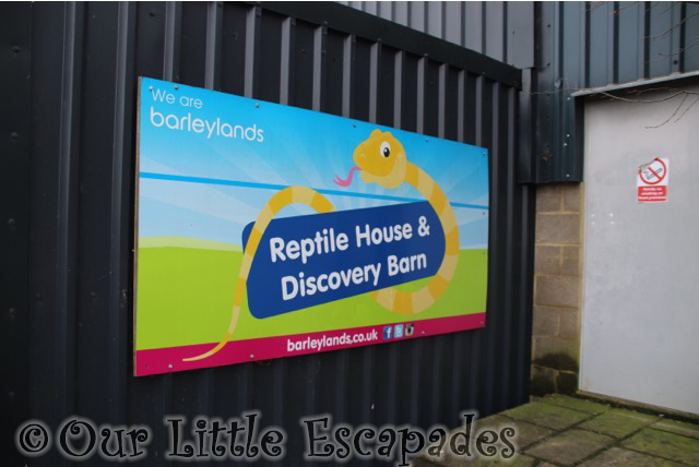 reptile house discovery barn sign barleylands farm park
