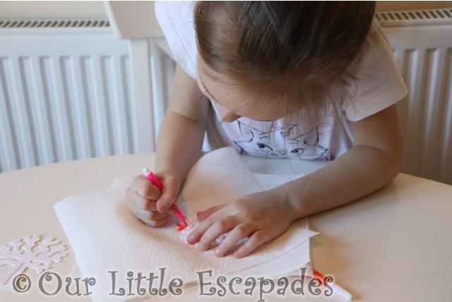 little e colouring cardboard tree