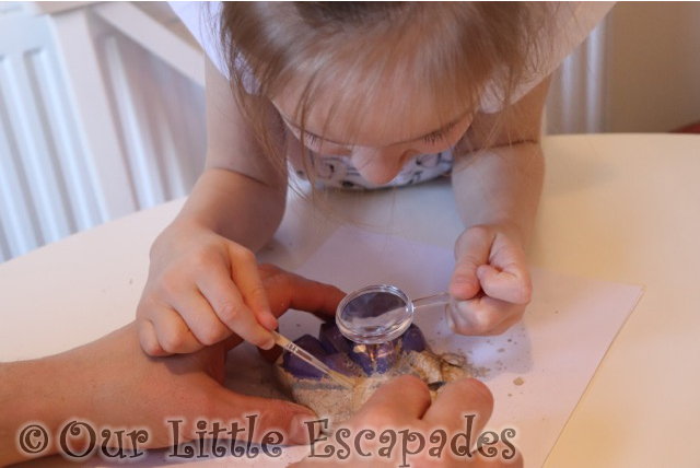 little e gemstone clay national geographic gemstone dig kit review